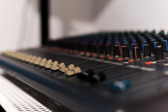 Console de mixage - Enregistrement - BPM Music - Thonon-les-Bains