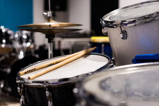 Salle de percussions et batterie - BPM Music - Haute-Savoie
