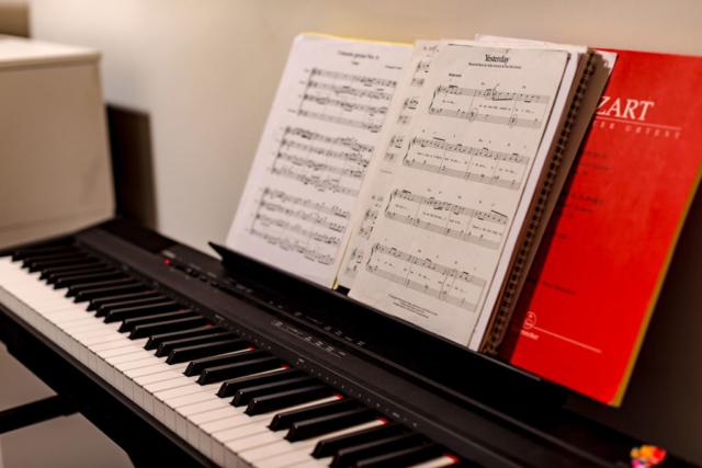 Cours de clavier - Leçon de piano - BPM Music - It's Time To Play