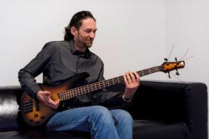 Lionel Richard, professeur de basse chez BPM Music